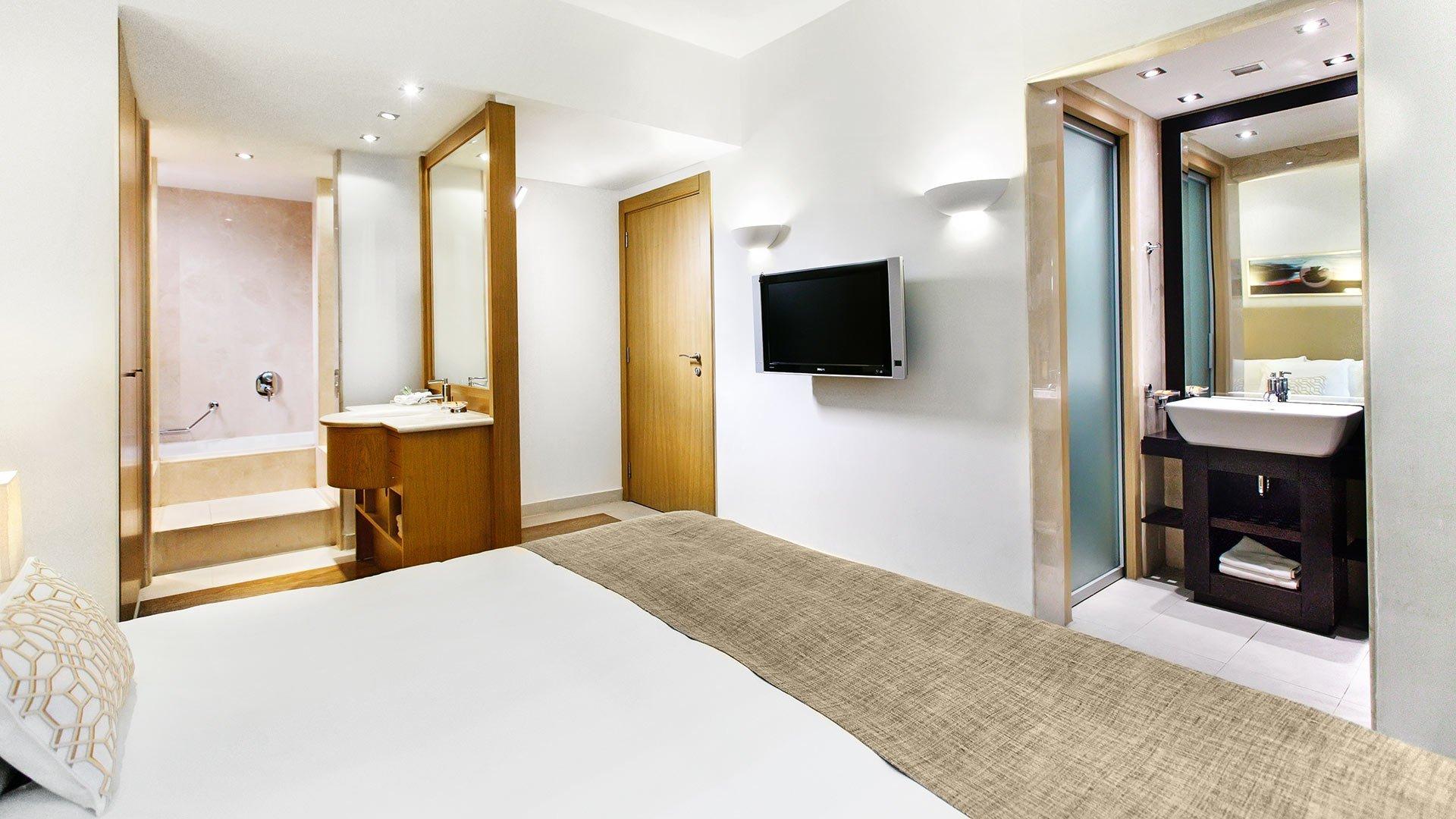 dll room superior cityview